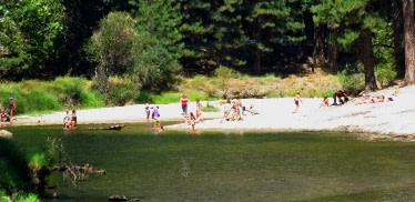 Cathedral Beach Picnic Area